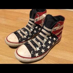 Converse Us Flag Boy's Top Sneakers Size 4